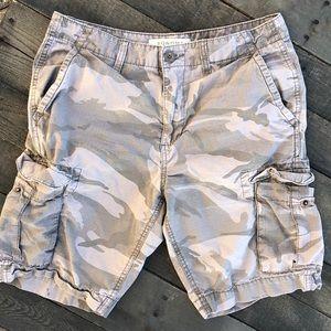Men's Cargo Camo Shorts, 32 waist